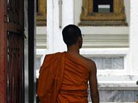 buddhist_thailand_monk